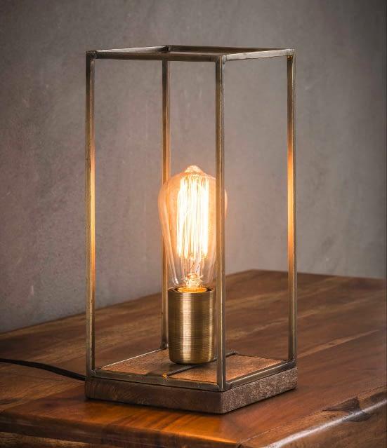 tafellamp_rechthoekige_buis.png